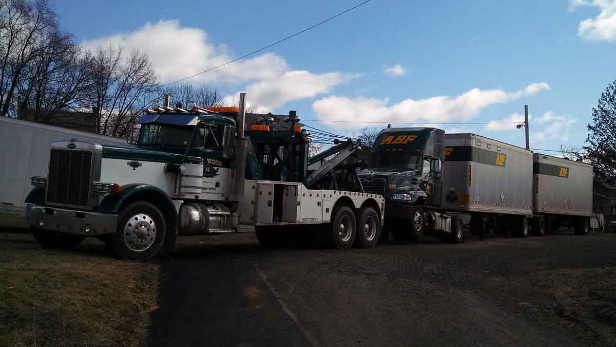Heavy Duty Truck Towing 24hr Big Truck Towing I 78 610 562 9275